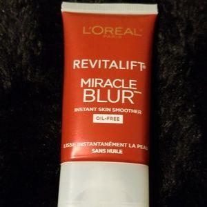 5 for $25 Loreal Revitalift Miracle Blur FULLSIZE